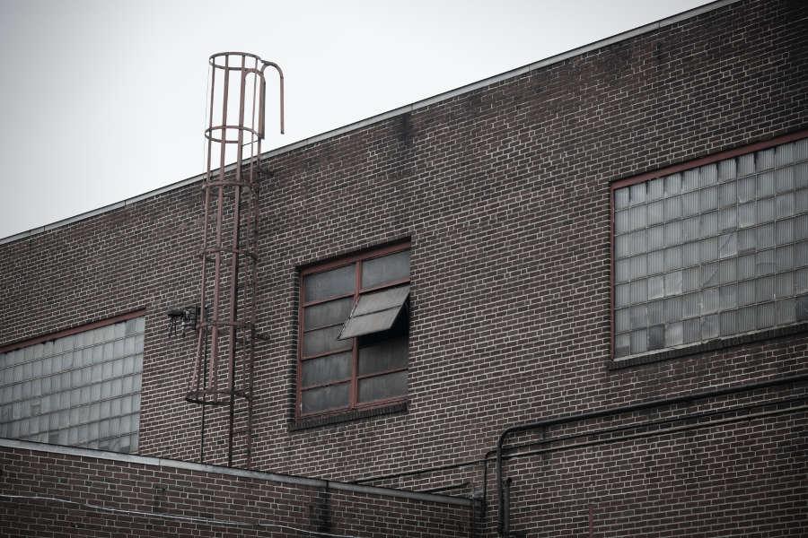 Fasadrenovering i Stockholm. Göra det själv eller inte?